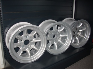 MINILITE WHEELS FOR MUSCLE CARS